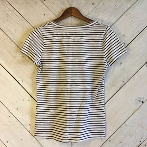 Mossimo Supply Co. Tops - Mossimo short sleeved v neck striped tee